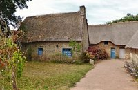 Kerhinet, Thatched Houses