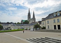 Chartres Cathedral from Place Châtelet