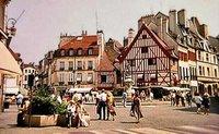 Place François Rude in Dijon