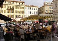 Dining al fresco - Nice