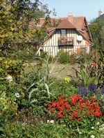 Small cottage in Beuvron-en-Auge