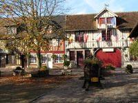 Main Square - Beauvron en Auge