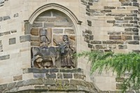 Statues on the Durham Cathedral - interesting
