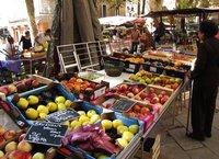 Aix-en-Provence street market at Place Richelme