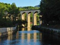 Bridge over the Sorgue River near Fontaine-de-Vaucluse