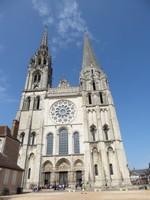 Leaving Notre Dame de Chartres to return to Paris