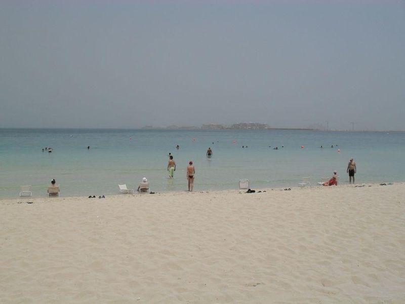 large_128976095109688-Jumeirah_Bea..land_Dubai.jpg