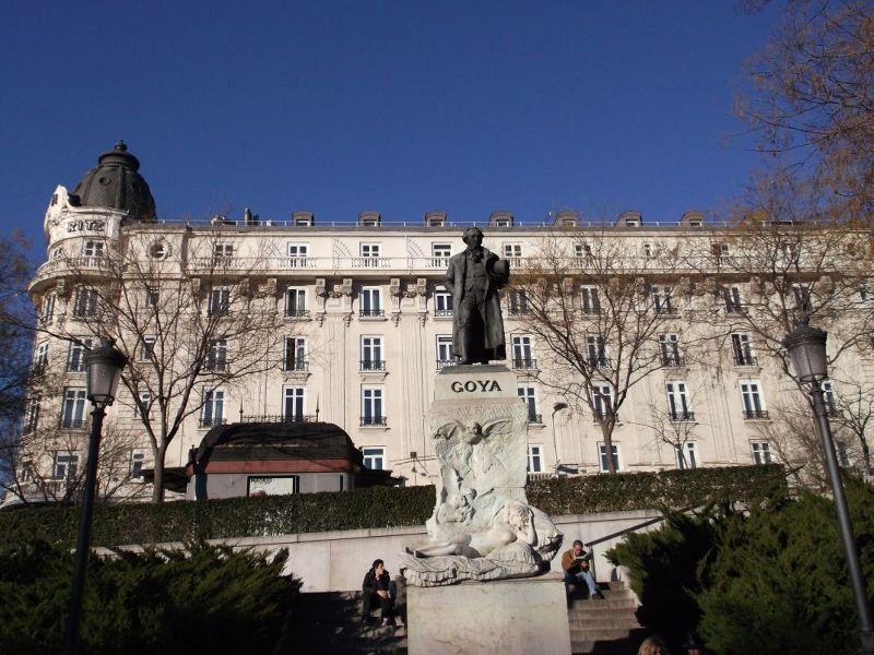 Goya in front of the Ritz Hotel. - Madrid