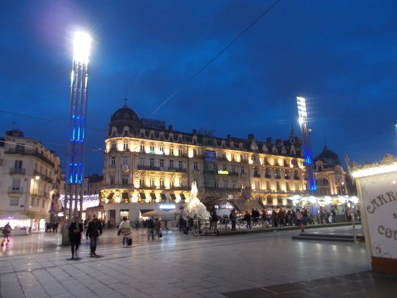 The Place de la Comedie at night. - Montpellier