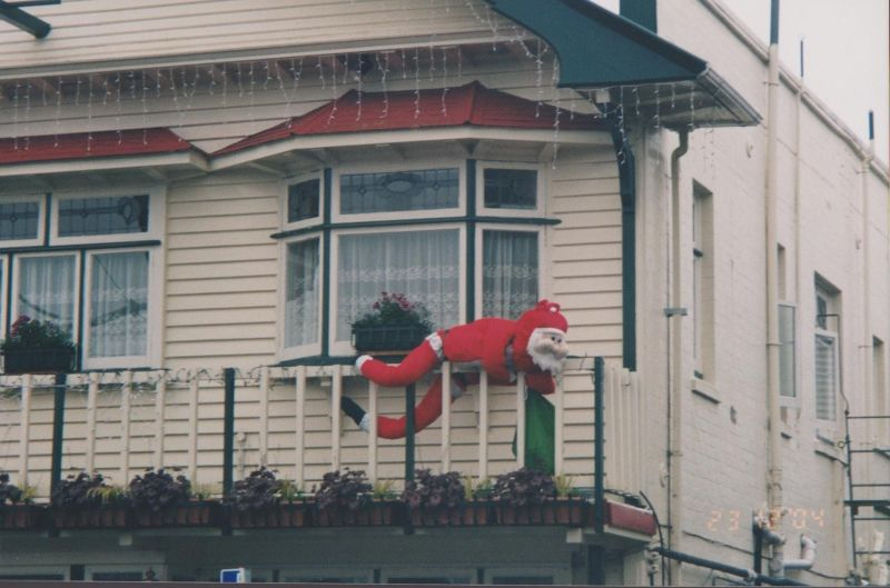 large_393353676763546-Christmas_de..ew_Zealand.jpg