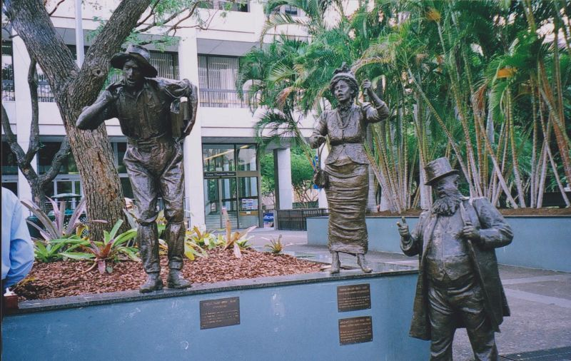 large_396619276761405-Statues_in_S..e_Brisbane.jpg
