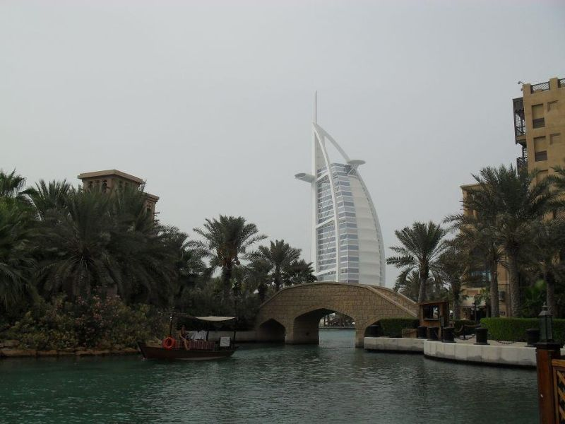 large_418473035109678-View_of_the_..inat_Dubai.jpg