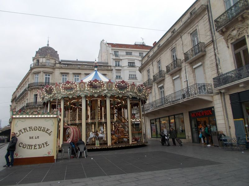 Carousel on Place de la Comedie. - Montpellier