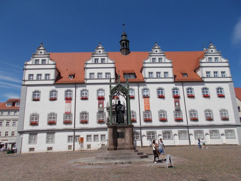 Martin Luther statue and town hall. - Wittenberg