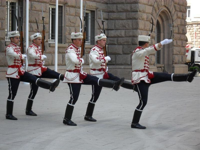 large_4885173-The_Changing_of_the_Guard_Sofia.jpg