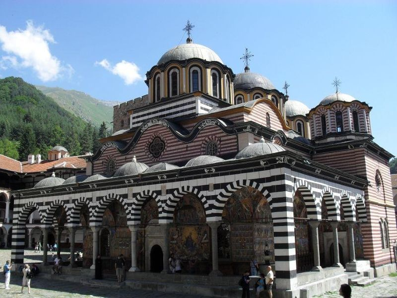 large_4885188-Day_Trip_To_Rila_Monastery.jpg