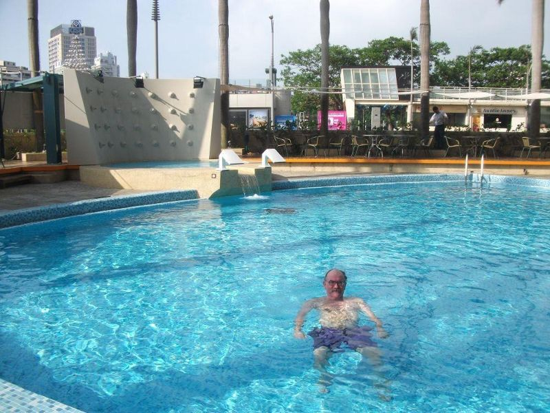 large_4948703-My_husband_in_the_pool_Kaohsiung.jpg