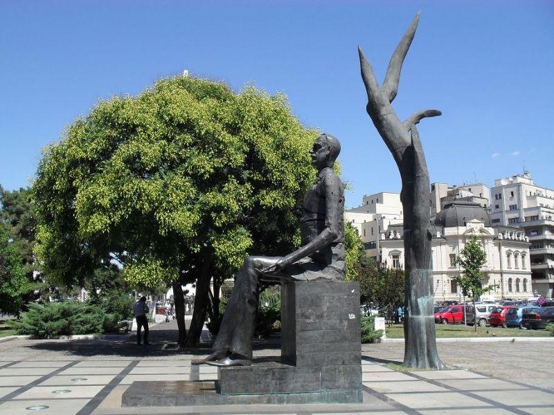 Monument Revolution Square - Bucharest