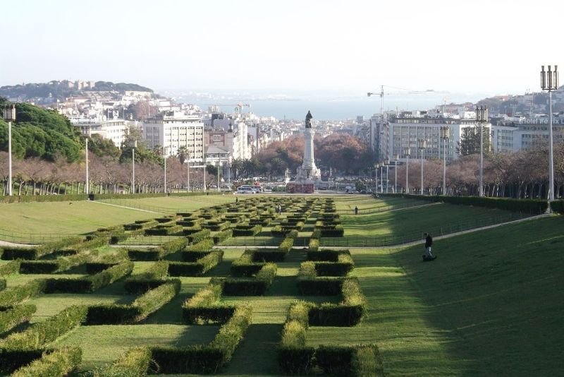 view from the top of the park. - Lisbon
