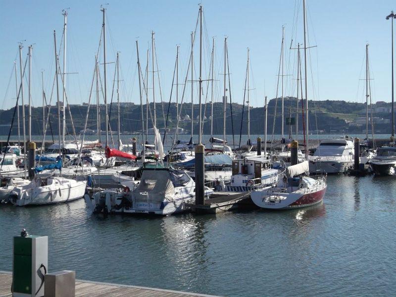 The marina near the monument. - Lisbon
