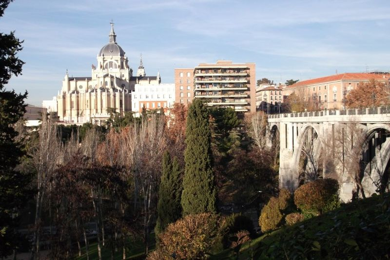 The cathedral and viaduct. - Madrid