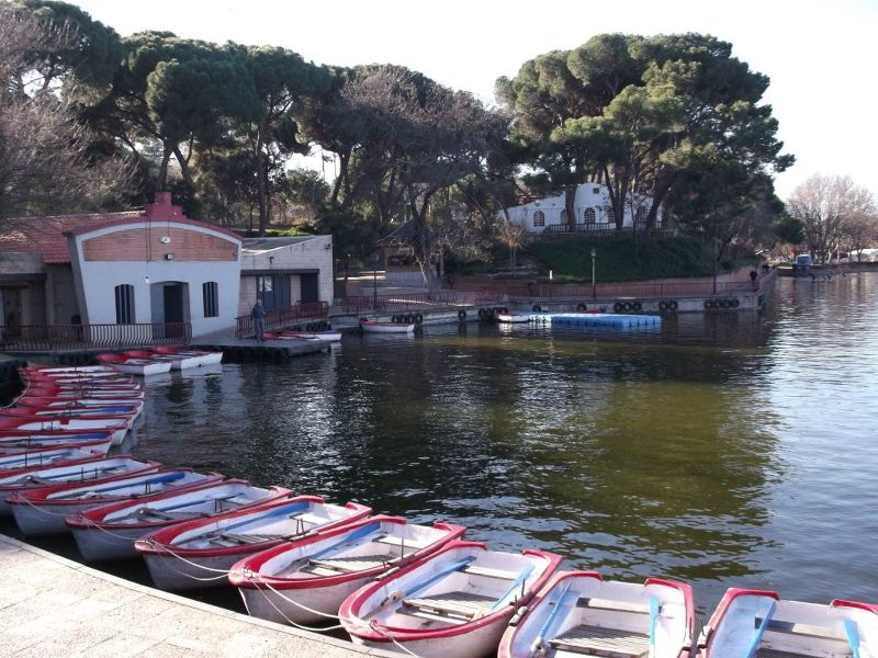 Boats on Casa de Campo Lake. - Madrid