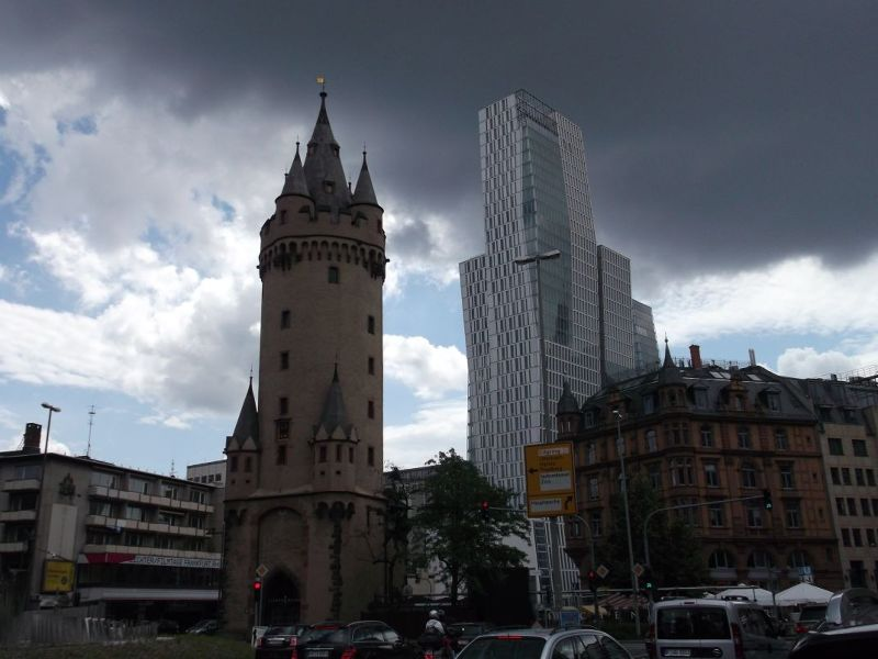 old and new - Frankfurt am Main