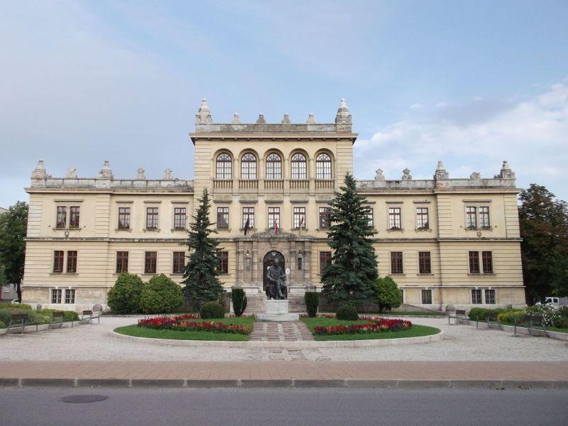 Beautiful building, Sopron. - Sopron