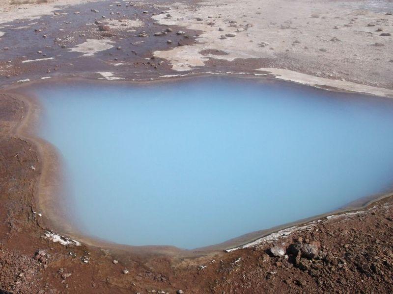 Volcanic blue geyser. - Reykjavík