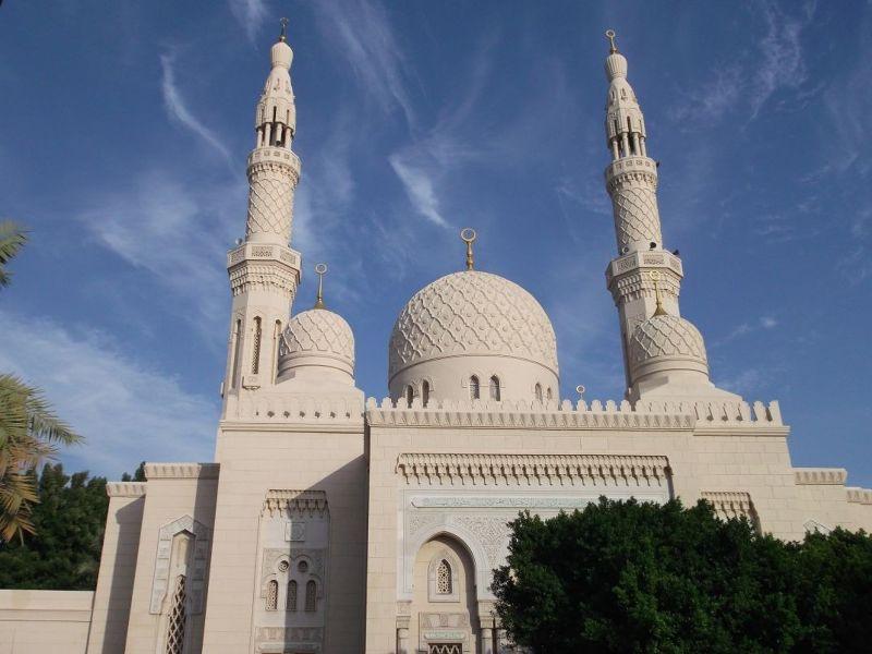 large_6472590-Jumeriah_Mosque_Dubai.jpg