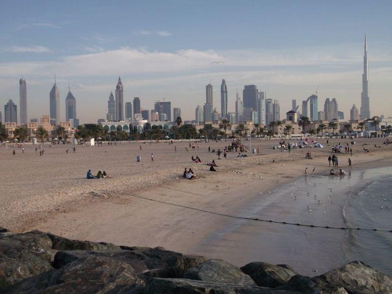 large_6472601-Jumeriah_Beach_Park_Dubai.jpg