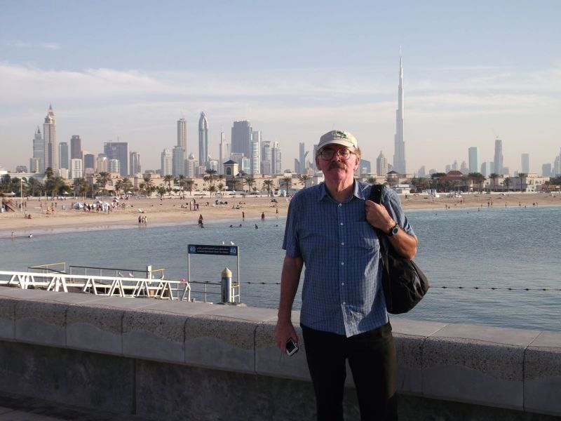 large_6472602-Hubbie_at_Jumeriah_Beach_Park_Dubai.jpg