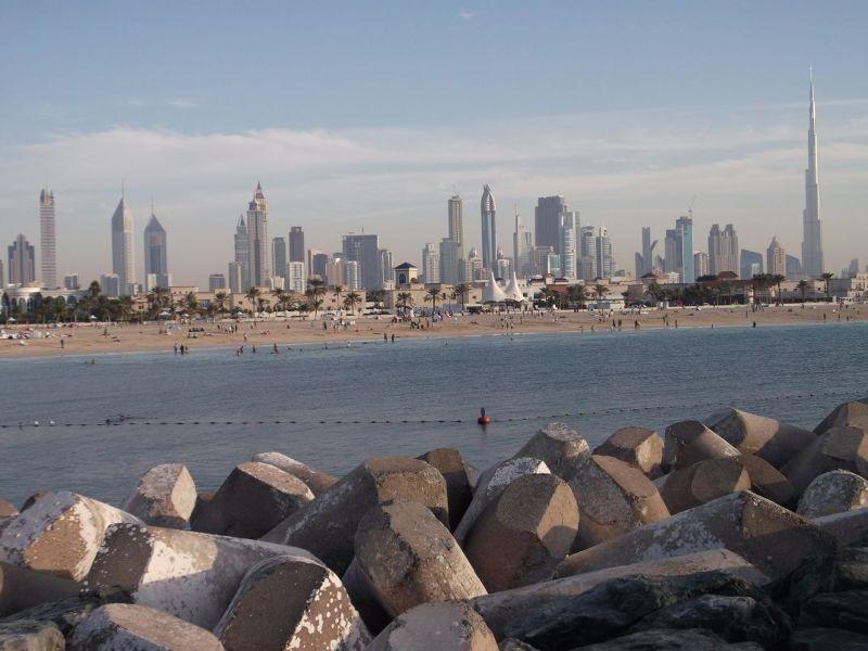 large_6472603-Jumeriah_Beach_Park_Dubai.jpg