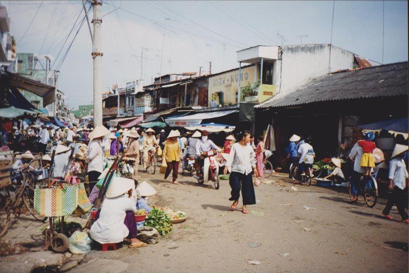 large_6751345-My_Tho_Market_Ho_Chi_Minh_City.jpg