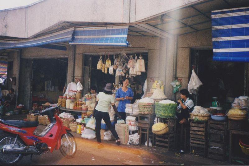large_6751349-My_Tho_Market_Ho_Chi_Minh_City.jpg