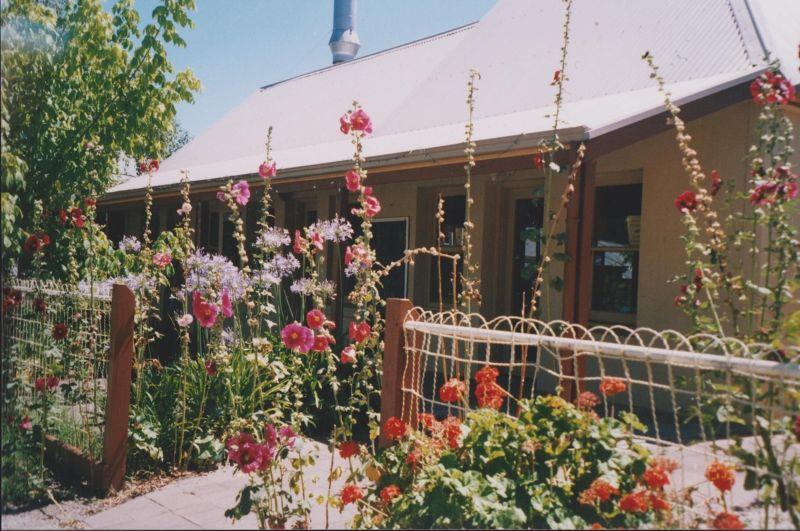 large_6761344-Hahndorf_Adelaide.jpg