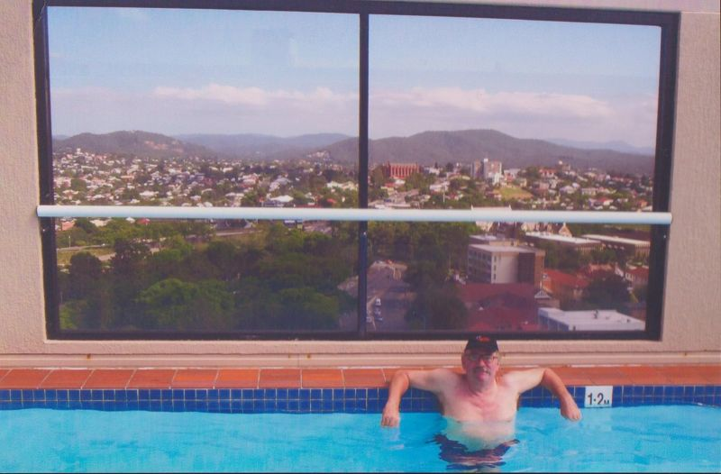 large_6761406-Swimming_pool_with_a_view_Brisbane.jpg