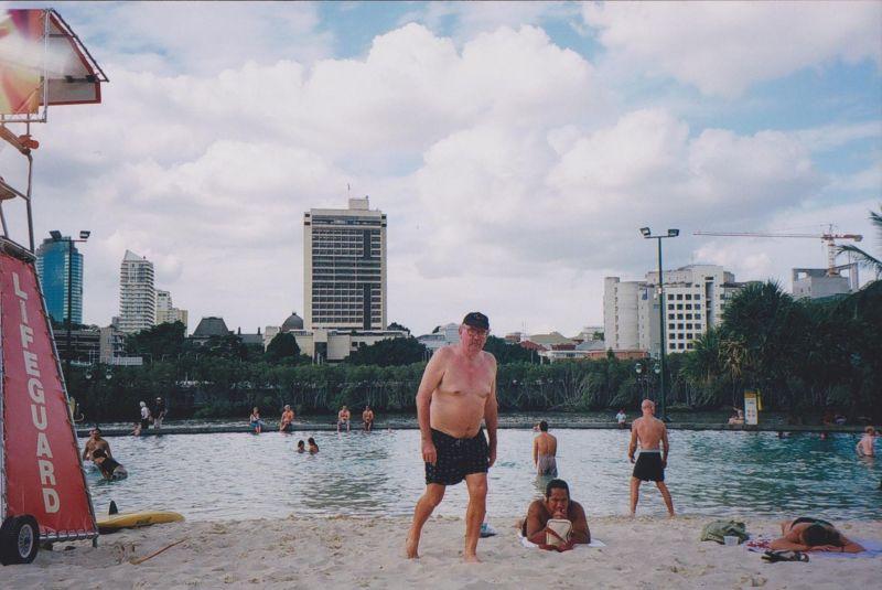 large_6761423-City_Beach_Brisbane.jpg
