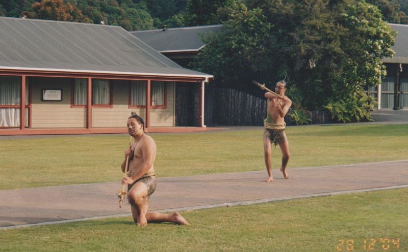 large_6763629-Traditional_Greeting_New_Zealand.jpg