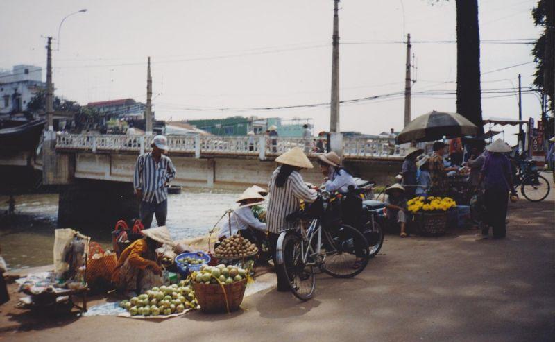 large_6765394-My_Tho_Market_Ho_Chi_Minh_City.jpg