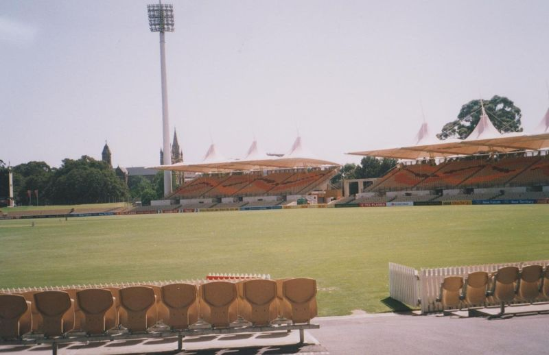 large_6765489-The_Adelaide_Oval_Adelaide.jpg