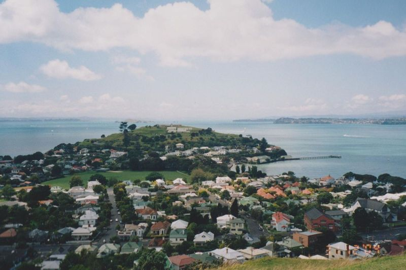 large_6765727-Devonport_New_Zealand.jpg