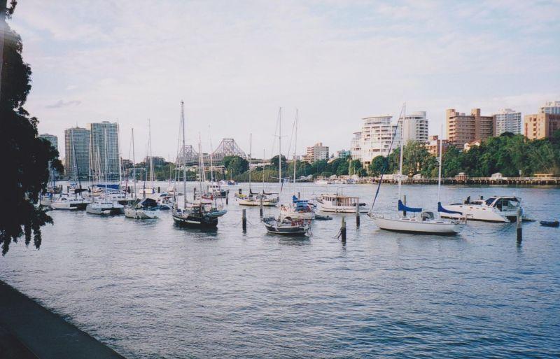 large_6765876-Brisbane_River_Brisbane.jpg