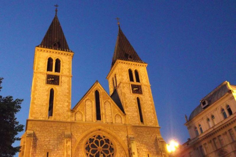 large_6788822-Cathedral_at_night_Sarajevo.jpg