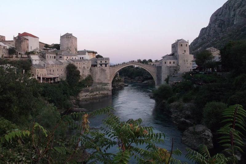 large_6790199-Stari_Most_Mostar.jpg
