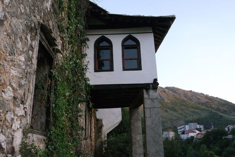 large_6790260-Turkish_style_house_Mostar.jpg