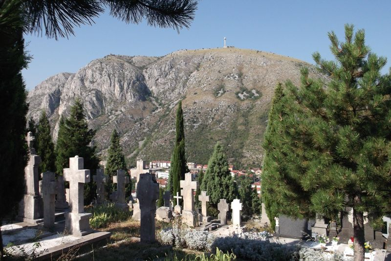 large_6790268-Hilltop_Cemetery.jpg