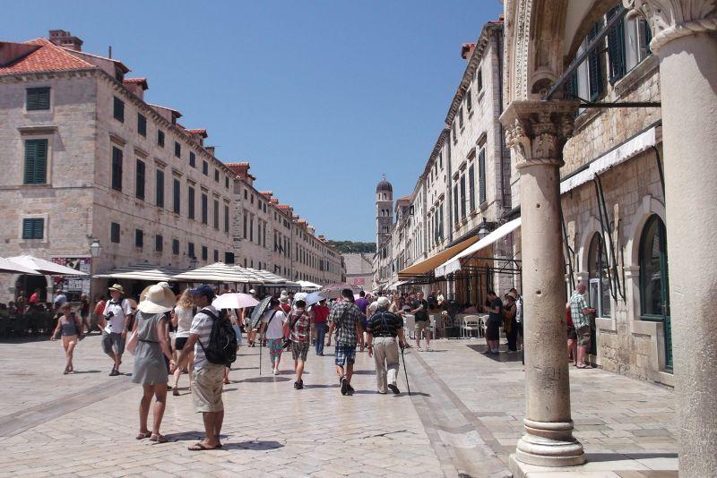 large_6790562-The_Stradun_Dubrovnik.jpg