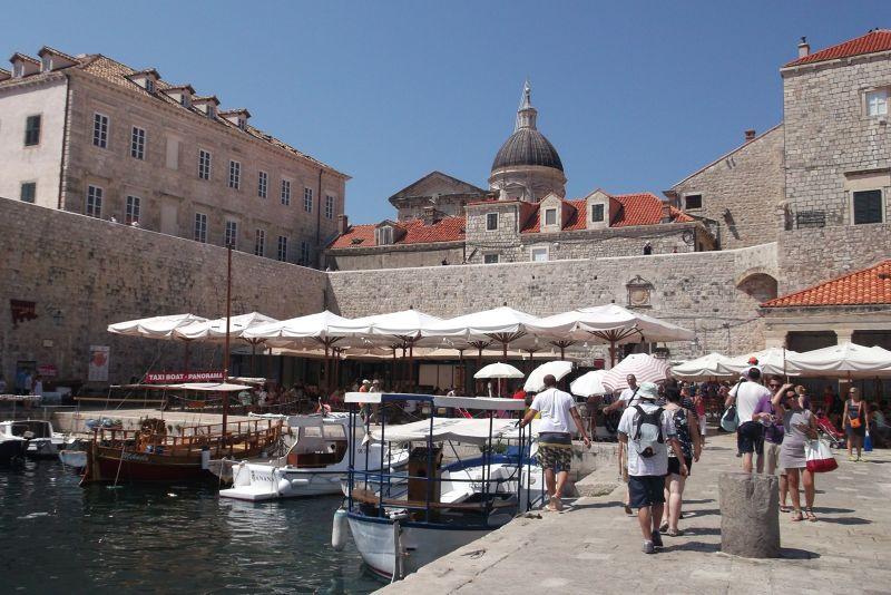 large_6790570-The_Old_Port_Dubrovnik.jpg