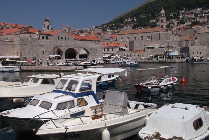 large_6790580-The_Old_Port_Dubrovnik.jpg